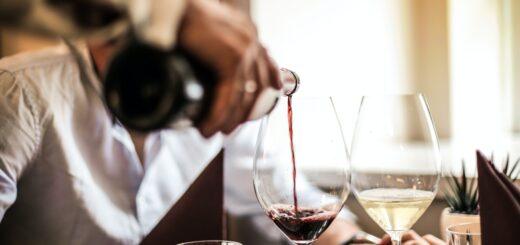 tjener, vin